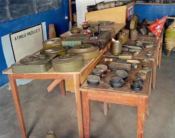 einsele Ang_Mines_on_table 2001LIT.JPG